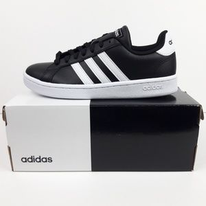NWT Adidas Women's Grand Court Shoes in Box